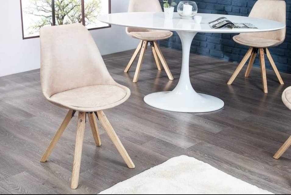 Jedálenská stolička v dizajne typickom pre škandinávsky štýl. Zdroj: iKuchyne.sk