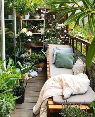 Terasa s kvetmi len umocní prírodný, pokojný pocit. Zdroj: iKuchyne.sk