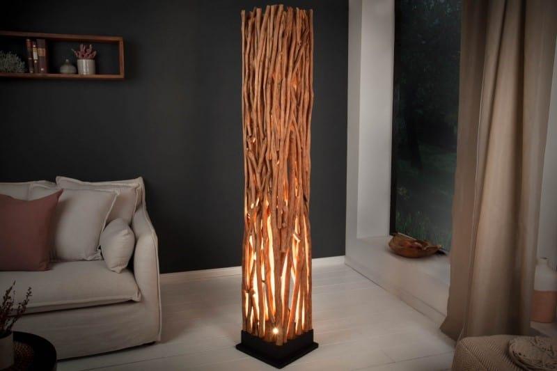 Lampa z longanového dreva dodá priestoru krásnu atmosféru. Zdroj: iKuchyne.sk