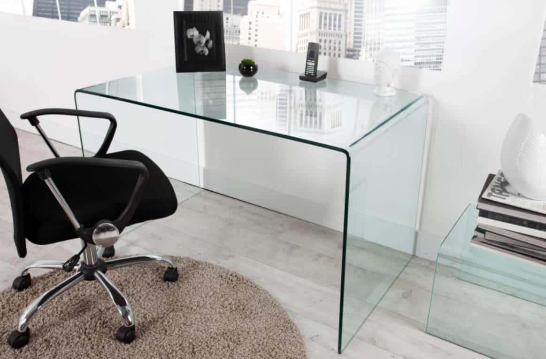 Stabilný písací stôl je presne to, čo potrebuje každá kancelária. Zdroj: iKuchyne.sk