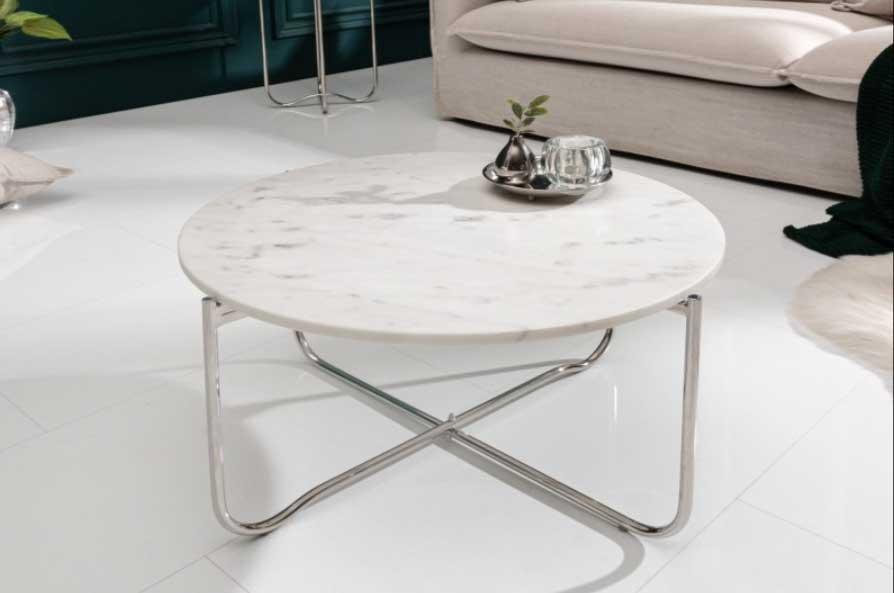 Mramorový konferenčný stolík bude ozdobou obývačky. Zdroj: iKuchyne.sk