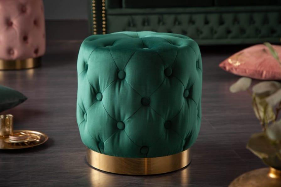 Smaragdovozelená taburetka vyzerá nádherne. Zdroj: iKuchyne.sk