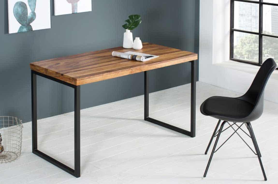 Flexibilita je pri stoloch spadajúcich do industriálneho štýlu obrovským plusom. Zdroj: iKuchyne.sk