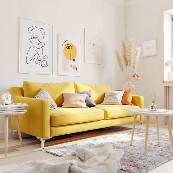 Žltá farba je v prostredí obklopenej bielou výrazná - nezabúdajte, všetko s mierou. Zdroj: Pinterest.com
