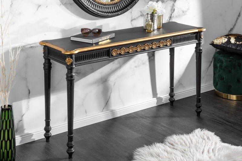 Luxusnému, nadčasovému stolíku chýba už iba veľké zrkadlo, v ktorom sa môžete kochať svojou krásou. Zdroj: iKuchyne.sk