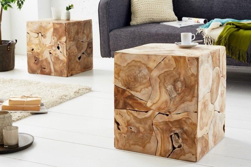 Na nábytok z exotického dreva, ako je napríklad tento konferenčný stolík z teaku, sa nebudete vedieť vynadívať. Zdroj: iKuchyne.sk