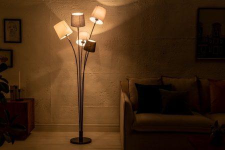 Stojanová lampa Levels čierna biela sivá