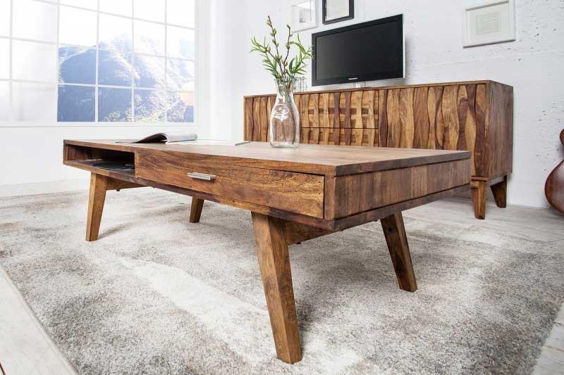Zháňate masívny konferenčný stolík z dreva do vašej obývačky? Zdroj: iKuchyne.sk