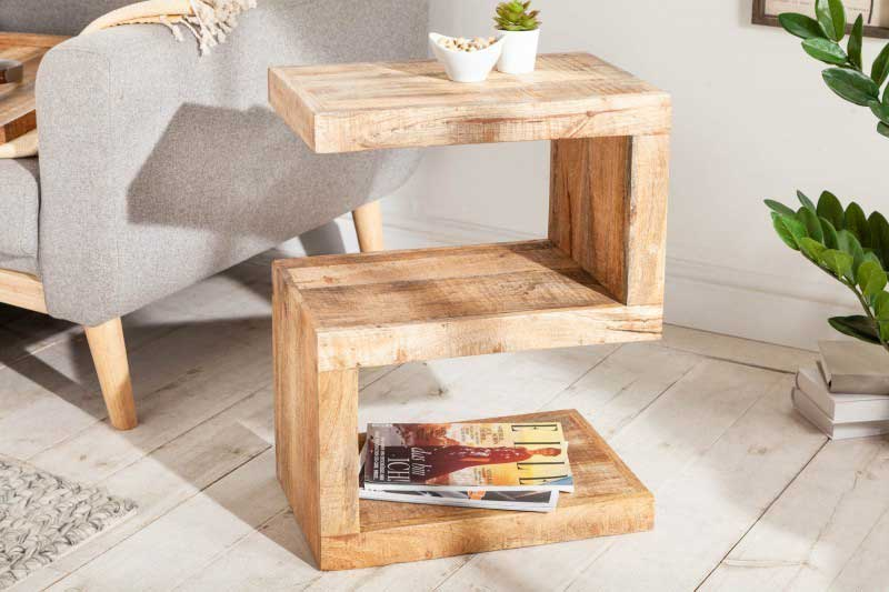 Asymetrický konferenčný stolík sa hodí skôr k modernejšiemu vybaveniu. Zdroj: iKuchyne.sk
