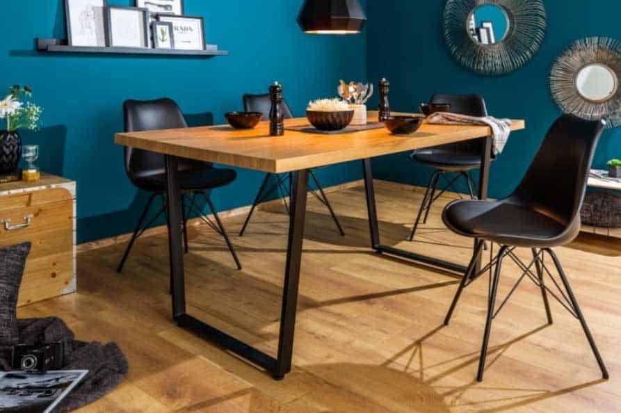 Prírodná farba dreva je upokojujúca, že? Zdroj: iKuchyne.sk