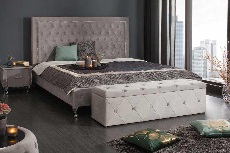 V lavici pred posteľou zmizne všetok neporiadok aj vaše starosti. Zdroj: iKuchyne.sk