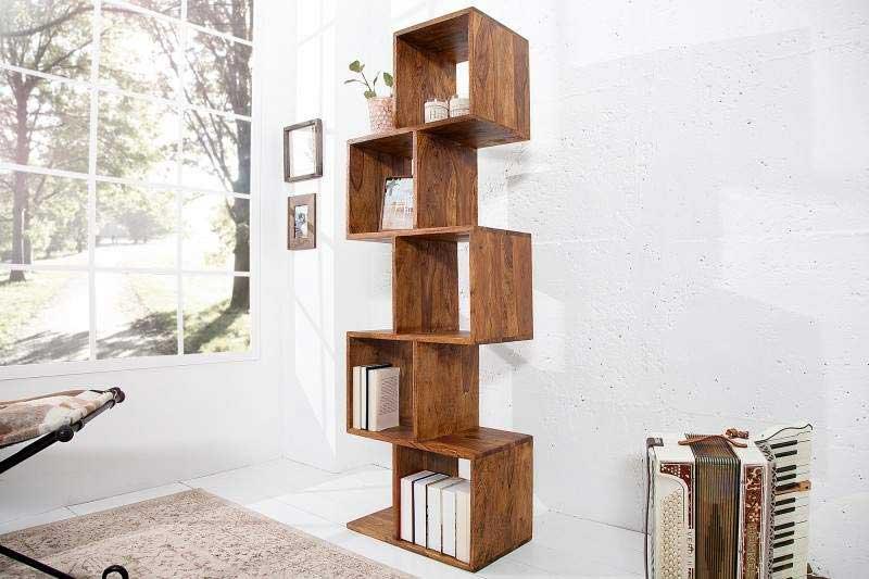 Regály oživia každú miestnosť a poslúžia aj ako knižnica. Zdroj: iKuchyne.sk