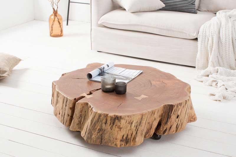 Zaobstarajte si originálny a naturálne pôsobiaci konferenčný stolík. Zdroj: iKuchyne.sk