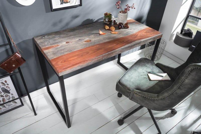 Keď na relaxačné sedenie nezostáva príliš veľa času, tak si vyberáme písací stolík... Zdroj: iKuchyne.sk