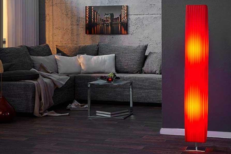 Červená farba pre odvážnych. S touto lampou určite zabodujete. Zdroj: iKuchyne.sk