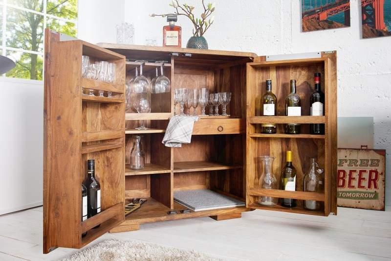 Ak máte stále pocit, že vám niečo v obývačke chýba, tak to bude určite tento bar. Zdroj: iKuchyne.sk
