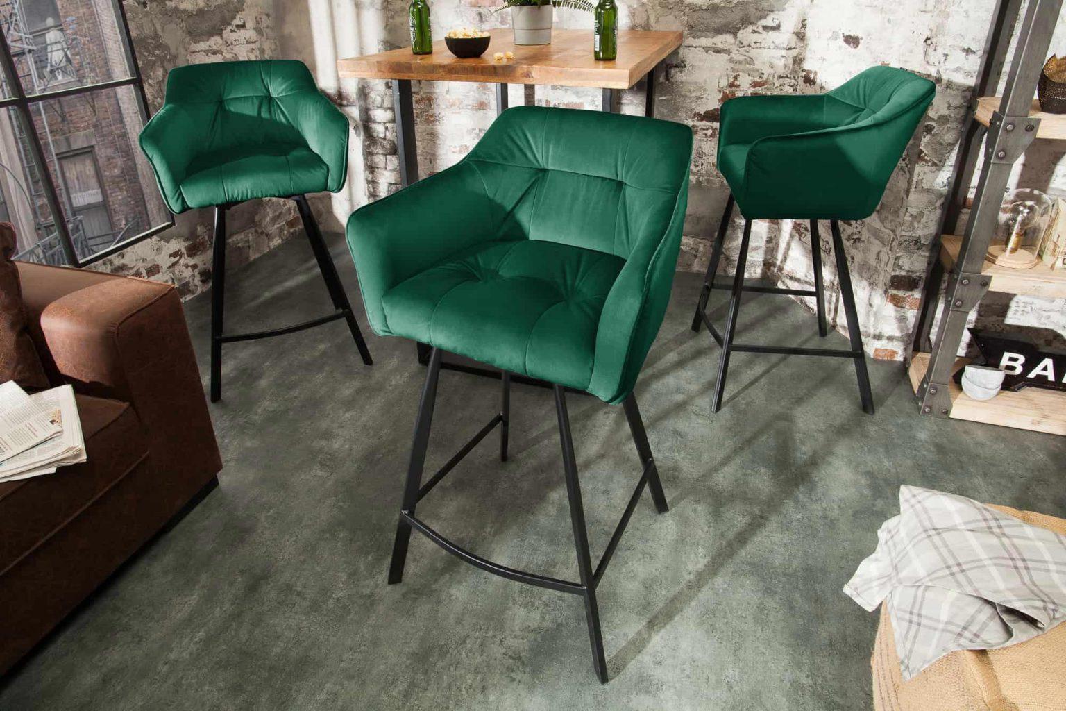 Ak máte radi moderný štýl, tak tieto barové stoličky by vám doma určite nemali chýbať. Zdroj: iKuchyne.sk