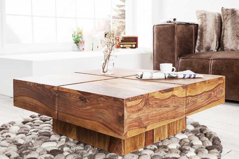 Masívny drevený konferenčný stolík je unikátnym kúskom do rustikálnej obývačky. Zdroj: iKuchyne.sk