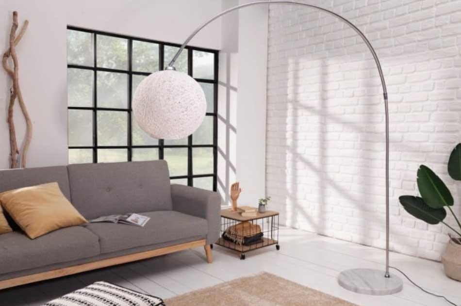 Vhodný výber svietidiel do vašej domácnosti zabezpečí vzdušný interiér a samozrejme ho aj patrične presvetlí. Zdroj: iKuchyne.sk
