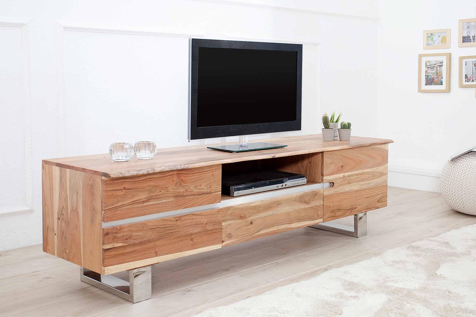 TV stolík, ktorý oživí vašu obývačku. Zdroj: iKuchyne.sk