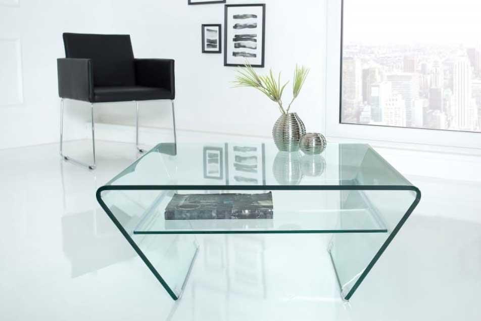 Štýlový sklenený nábytok priamo do vašej obývačky. Zdroj: iKuchyne.sk
