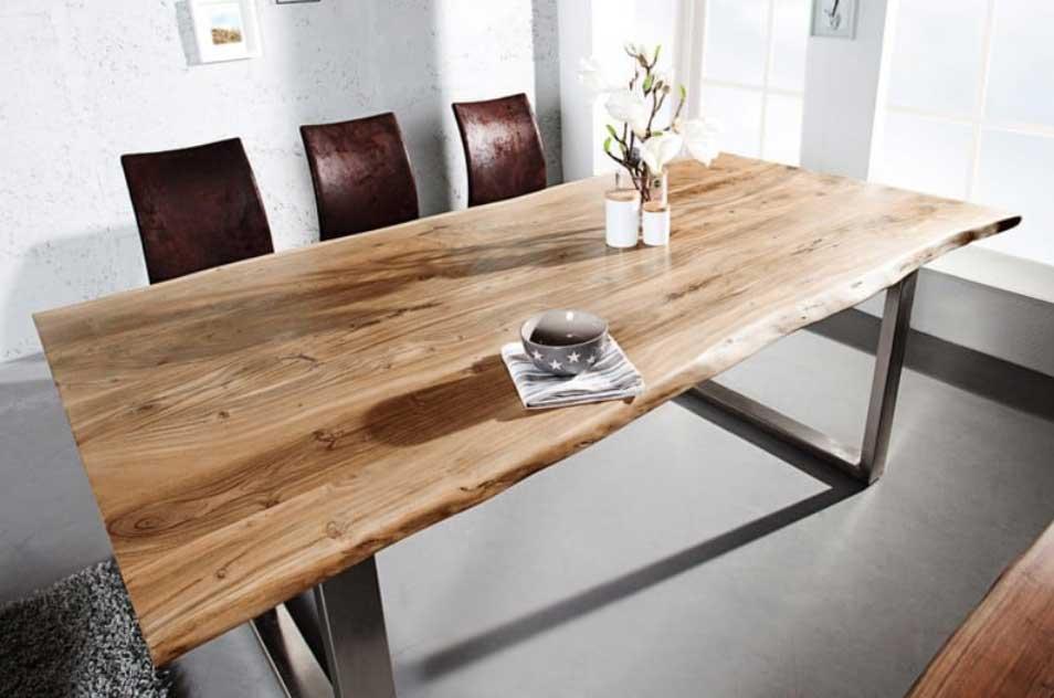 Nový jedálenský stôl a stoličky privíta vaša kuchyňa s otvorenou náručou. Zdroj: iKuchyne.sk