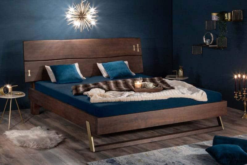 Dodajte vašej spálni štýl a luxus vďaka tejto krásnej posteli. Zdroj: iKuchyne.sk