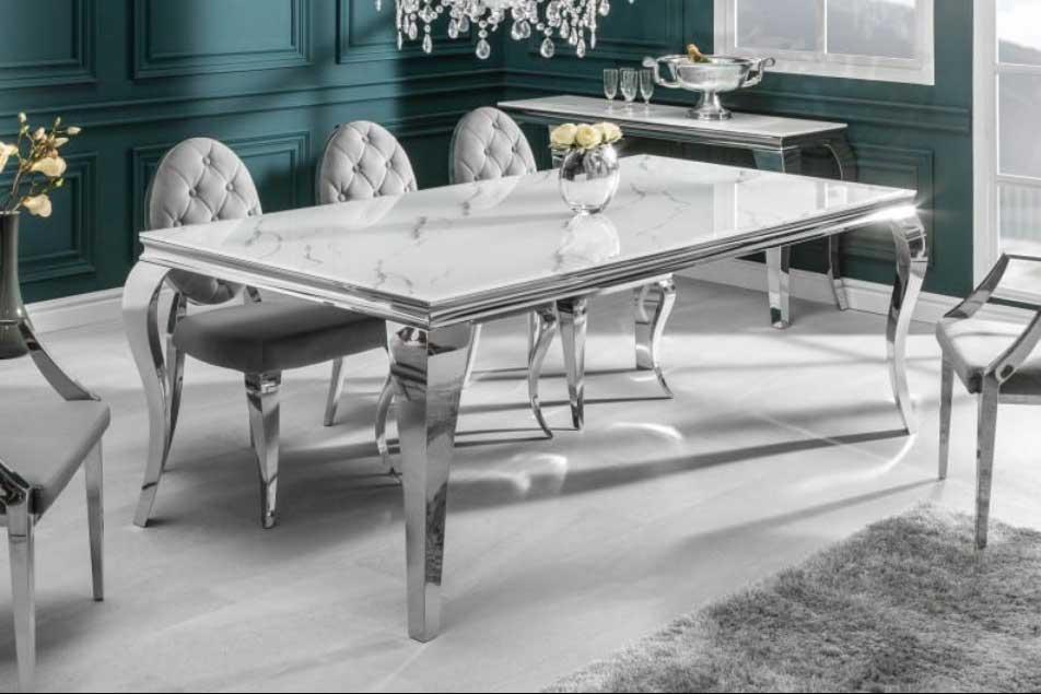 Sklenený nábytok vo vzhľade moderného baroka. Zdroj: iKuchyne.sk