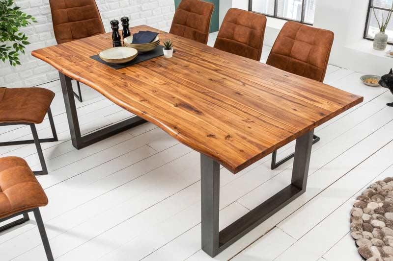S jedálenským stolom z nášho e-shopu bude vaša terasa dokonalá. Zdroj: iKuchyne.sk