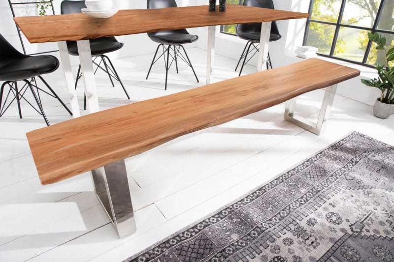 Čo poviete na túto lavicu? Ide o ručne vyrobený a prírodný produkt. Zdroj: iKuchyne.sk