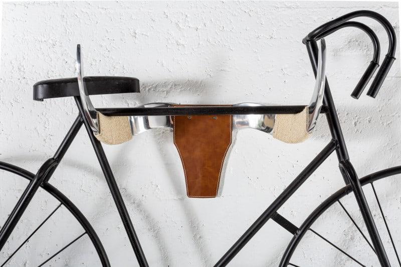Futuristický držiak na bicykle je stelesnením pokroku a multifunkčnosti. Zdroj: iKuchyne.sk