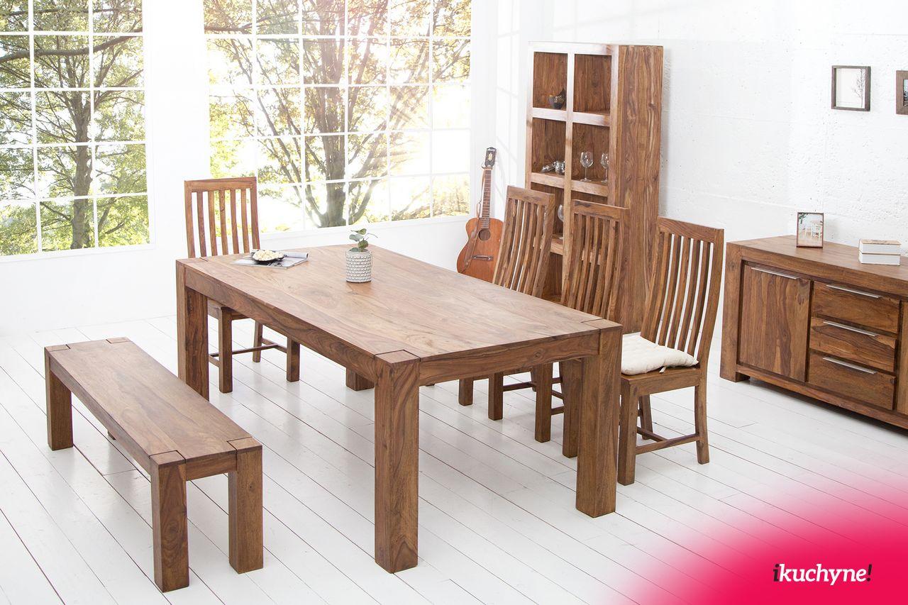 Prekrásny masívny jedálenský stôl z tmavého dreva