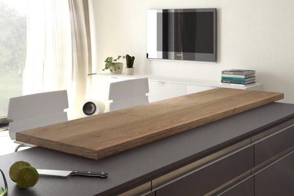 Barový pult v modernej kuchyni