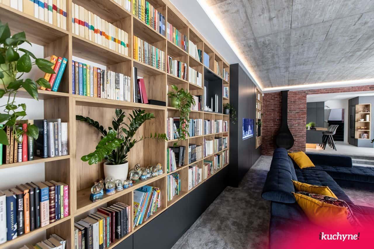 vstavaná knižnica
