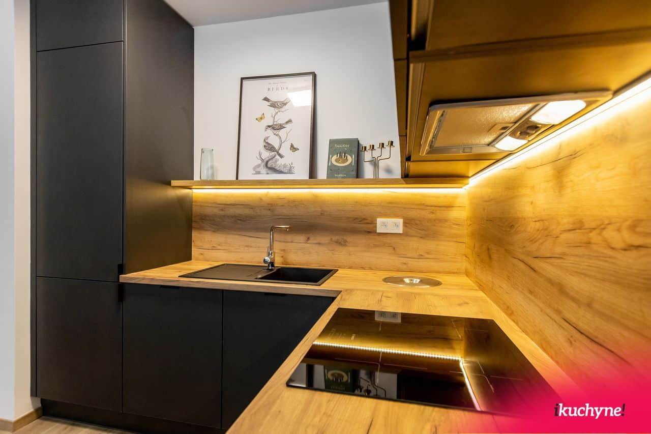 detail antracitová kuchyňa