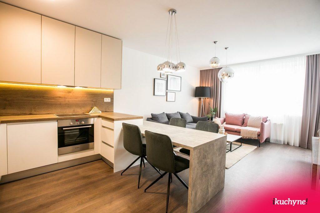 kuchyňa s bývačkou