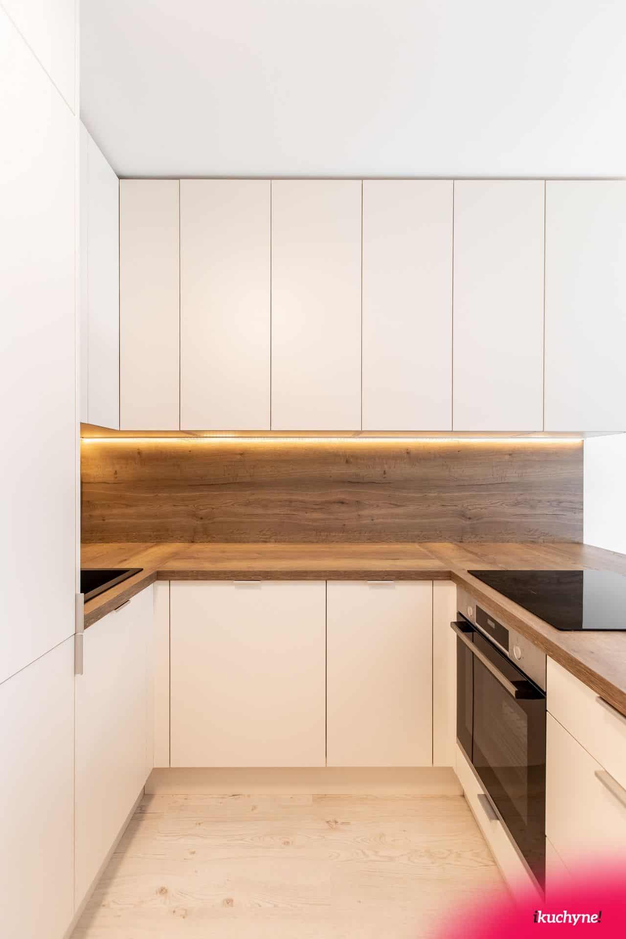 mandľová matná kuchyňa