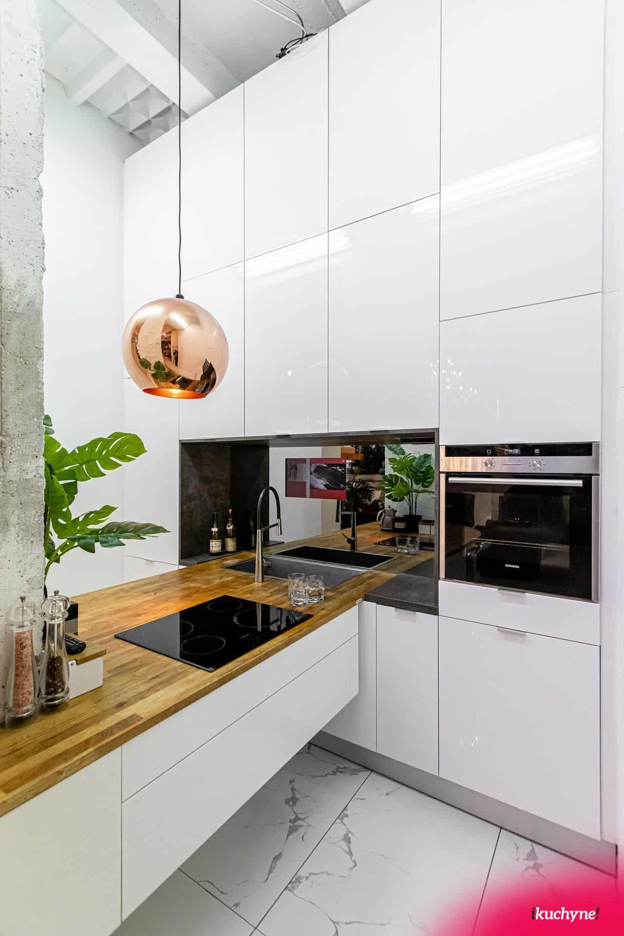 kuchyna loft zrkadlo detail